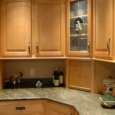 Traditional  by Buterbaugh's Kitchen Center