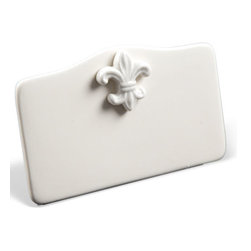 PlaceTile Designs - Gift Boxed Fleur De Lis Solid White Place Cards - Great to use this set of six PlaceTiles as name plates or to identify items on your buffet. Beautifully embossed with a fleur de lis motif on a stark white background, this set will surely enhance your decorated table. Match this with our other Fleur De Lis designed place tiles to add that perfect finishing touch. Bring back some old world elegance while using our lovely Fleur De Lis pieces. This symbol,