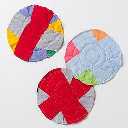 Rotunda Rag - Here are some bright rags to throw around the kids' rooms when their after-holiday blues get them down.