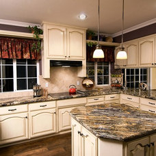 Traditional Kitchen by Unique Remodeling and Design by Brush Strokes Inc.