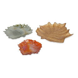 "Imax Worldwide Home - Harvest Leaves Glass Plates - Set of 3 - Fall into fall with Harvest leaf glass plates. They are the perfect decoration for Autumn.; Materials: 100% Glass; Country of Origin: Turkey; Weight: 6.6 lbs; Dimensions: 1-1.25-1.75""H x 7.75-11-15.75""W x 7.75-10.75-13.5"""