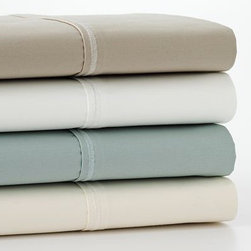 Simply Vera Vera Wang 800-Thread Count Sheet Set - These sheets are unbelievable. They aren't wimpy in the least, and they hold up extremely well. Ever since I discovered Vera's sheets, I find that I have frequent dreams of a second honeymoon.