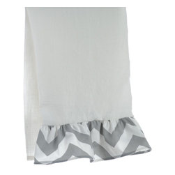 "La Mode Couture - Set of 2. Sierra Ruffled Guest Towel in Silver. 15"" x 22"" - Perfectly spaced ridges inspired by natures marvelous panoramas."