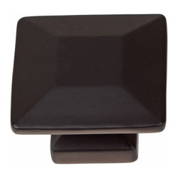 "GlideRite Hardware - GlideRite 1-3/8"" Square Knob Matte Black - Upgrade your cabinets with this classic square matte black knob. Each knob is individually packaged to prevent damage to the finish. A standard installation screw is included."