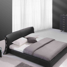 Modern Beds by Cugini