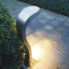 Contemporary Outdoor Lighting by sixlight.com