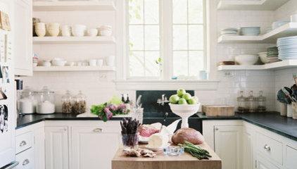 Modern Traditional Kitchen Photo - Lonny