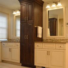 Traditional Bathroom by Studio 76 Kitchen & Bath Designers