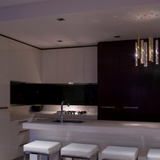 Modern Kitchen Island Lighting by ilanel. light life.