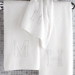 "Matouk - Matouk Auberge Monogrammed Wash Cloth - Fluffy white 650-gram weight Egyptian cotton towels have your initial woven into the double-twisted terry fibers. Sorry, I, Q, U, X, Y and Z not available. Made in Portugal. Bath towel, 30"" x 60"". Hand towel, 20"" x 32"". Wash cloth, 12""Sq. Tub mat,...."