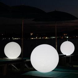 Smart & Green | Globe LED Indoor Outdoor Lamp -