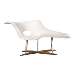 Fine Mod Imports - Fine Mod Imports Day Lounge in White - This modern Day lounge chair features an white coated fiberglass seat for two in and chromed steel supports in and a solid wood base.