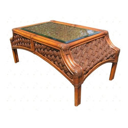 Wicker Paradise - Rattan End Table - Melbourne - Let our Melbourne rattan end table bring a dazzling effect of style into your home decor. Embrace the goodness of tropical design with a perfect accent next to a chair or rattan sofa.