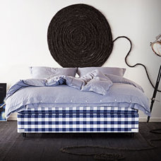 Traditional Beds by hastens.com