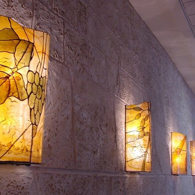 Stained glass lighting sculptures - The Beautiful light sculptures are a real peace of art.