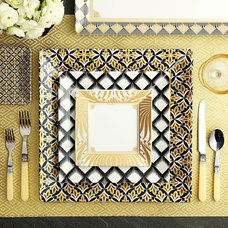 Dinnerware Sets by Q SQUARED