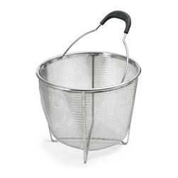 POLDER - Strainer/Steamer Basket, Stainless Steel - Get the most out of your cookware with our versatile strainer and streamer basket. The steamer/strainer colander fits inside a stockpot to steam with just a small amount of water in the stockpot or use as a colander to rinse fruits or vegetables in the sink.The 8 inch height is perfect for anything from cooking asparagus to steaming clams.
