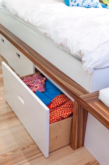 Midcentury  by Kropat Interior Design