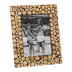 Photo Frame Chopped Wood Large - This frame adds a natural texture to any room in the house. It's the perfect match for that favorite photo you took out in the wilderness!