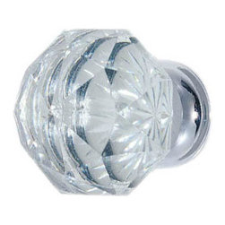 Diamond Cabinet Knob - This beautiful knob features the brilliant multi-faceted design that delivers a pretty, jewel-like accent to your doors.