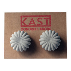 Kast Concrete Knobs - AUDREY Concrete Cabinet Knob, Light Grey - - Concrete Knob Pair