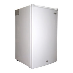 SPT - SPT White Energy Star Upright Freezer - The compact,flush back design of this freezer offers three cubic feet of space,perfect for those with tight spaces. Add some extra food storage,or keep some cold drinks close at hand with this very functional freezer.