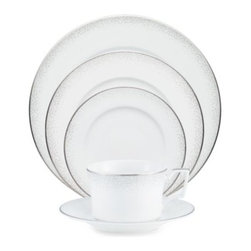 Noritake - Noritake Alana Platinum 5-Piece Dinnerware Place Setting - This stunning Alana Platinum bone china from Noritake is a symphony of style. A flowing acanthus design rendered in delicate shades of gray and white borders with enamel dots and trimmed with silvery platinum.