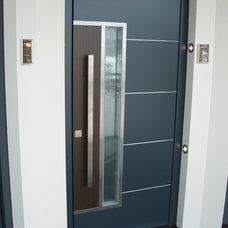 Modern Front Doors by Bella Porta
