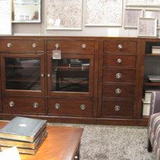 Basset: Cabinets