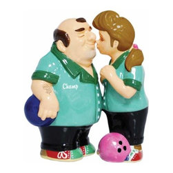 WL - 4 Inch Kitchenware Bowlers Figurines Salt and Pepper Shakers - This gorgeous 4 Inch Kitchenware Bowlers Figurines Salt and Pepper Shakers has the finest details and highest quality you will find anywhere! 4 Inch Kitchenware Bowlers Figurines Salt and Pepper Shakers is truly remarkable.
