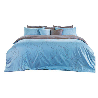 Blooming Home Decor - Modern Sky Blue & Brown Swirl Sheet Set, Queen - Cool blues and grayish brown combine to create the peaceful ambiance found through this queen sheet set. Those who are seeking a subdued yet modern addition to their bedroom will enjoy the tranquility brought into the home with this soothing, swirling design sure to lull you off to dreamland. Best of all, the color combination will blend well with almost any bedroom design imaginable.