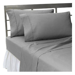Hothaat - 600TC Solid Elephant Grey Full Fitted Sheet & 2 Pillowcases - Redefine your everyday elegance with these luxuriously super soft Fitted Sheet. This is 100% Egyptian Cotton Superior quality Fitted Sheet that are truly worthy of a classy and elegant look.