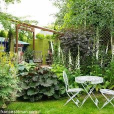 Julie's garden in British Columbia, Day 1 - Fine Gardening