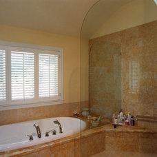 Contemporary Bathtubs by Moceri Construction