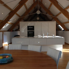 Contemporary Kitchen by The Bazeley Partnership