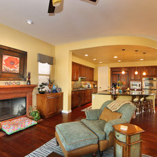 Eclectic Family Room by Elizabeth Leahy, AKBD, Allied ASID