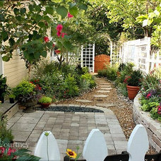 The Decorated House: ~ Small Space Gardening ~ Kitchen Courtyard Before & After