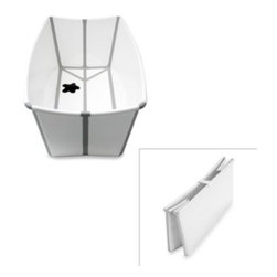Prince Lionheart - Prince LionHeart Flexi Bath in White - This flexible bathtub is easy to fold and store when not in use. It's perfect for any space, and because it's portable, ideal for traveling.