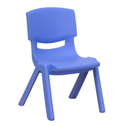 Flash Furniture - Blue Plastic Stackable School Chair with 10.5'' Seat Height - This chair is the perfect size for Preschool to Kindergarten sized children. Having young children sit in a chair that is designed for them is important in developing proper sitting habits that will last them a lifetime. Not only are these chairs designed properly, but they are lightweight so kids can feel independent by moving the chairs themselves.