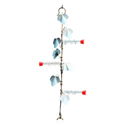 Songbird Essentials - 22 Inch Copper Ivy Plant Hanger with 3 Hummer Stations - Decorated with verdigris ivy leaves on heavy gauge copper, these functional hangers look perfect hanging on any feeder or garden accessory.