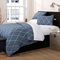 Lush Decor - Lattice Geometric Blue Three-Piece Full and Queen Quilt Set - - Inherently sleek and sophisticated, Lattice geometric three piece quilt set is perfect for any contemporary setting. Intricate embroidery work on soft color surface adds serenity and softens your mood  - Set Includes: 1 Quilt, 2 shams  - Quilt: 92-Inch H x 88-Inch W  - Sham: 20-Inch H x 26-Inch W  - Care Instructions: Machine washable Lush Decor - C21507P14-000