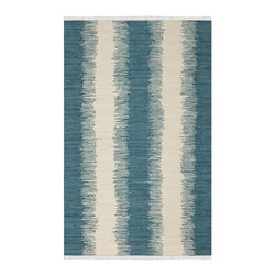 Safavieh - Contemporary Montauk Rectangle Blue Area Rug - The Montauk area rug Collection offers an affordable assortment of Contemporary stylings. Montauk features a blend of natural Blue color. Hand Woven of Cotton Pile the Montauk Collection is an intriguing compliment to any decor.