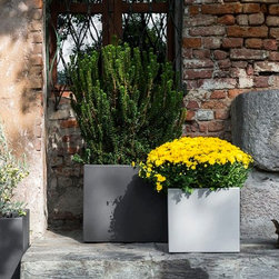 Cubotti Deep Outdoor Pot by Serralunga - Cubotti Deep Outdoor Pot by Serralunga. Furnishing accessory for contemporary settings. Cubic pot, basic shape with micro- dotted surface, suitable for decorating modern and refined locations. This pot is lifted slightly from the ground and can be used for direct potting (as a cachepot) or for hydroponics. (Linear low-density polyethylene), through-coloured made by rotational moulding process. UV rays protection. 100% recyclable. High mechanical resistance, made in great collision-proof plastic. Cubotti Deep Outdoor Pot by Serralunga are designed by Nat Wave.