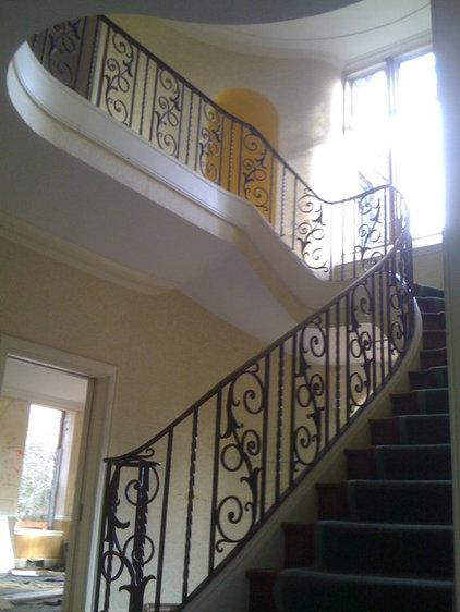 Traditional Home Decor by john dorety antique interiors