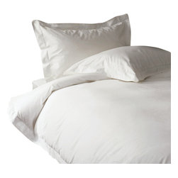 300 TC Duvet Cover with 1 Flat Sheet Striped White, Twin - You are buying 1 Duvet Cover (68 x 90 inches) and 1 Flat Sheet (66 x 96 inches) only.