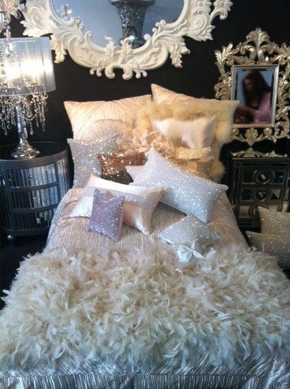 Love the pillows!