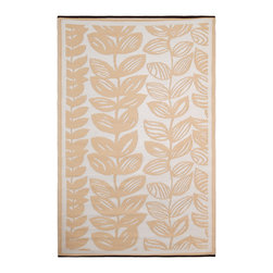 Fab Habitat - Indoor/Outdoor Malé Rug, Cream & Beige, 3x5 - This pretty all-weather rug is woven from straws made of recycled plastic. Washable and mildew resistant, it's ideal for the patio, the porch, the beach — anywhere you want good looks and easy care. For a change of pace, flip it over and see the vine pattern in reverse. Comes with its own tote bag, for convenient transport or storage.