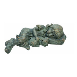 EttansPalace - Little Girl and Kitten Garden Sculpture Statue - Fraught with classic details from cherubic face to snuggling kitten, our endearing child sculpture depicts the innocence of childhood and a cherished moment frozen in time. Whether you set our , quality designer resin piece with green bronze finish amidst a bevy of flowers in the garden or along side your patio, we suspect You'll be enchanted by this child's sweet slumber. Another quality Toscano garden statue!