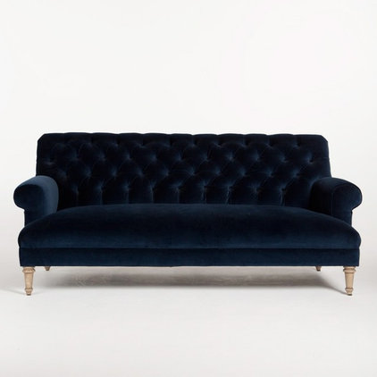 Traditional Sofas by HD Buttercup