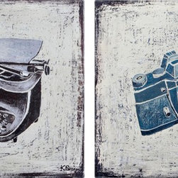 "Ren-Wil - Gadgets Canvas Wall Art - Two classics; the typewriter and a vintage camera, are illustrated, then printed and painted to perfection on canvas. Sold as a set of two.; Artist: Ksenia Sizaya; Format: Square; Hanging Hardware Included; Weight: 5.22 lbs; Dimensions: 20""L x 20""H"